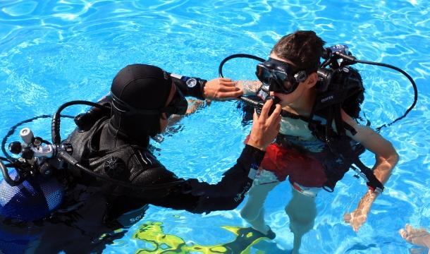 Baptême de plongée en Corse du Sud